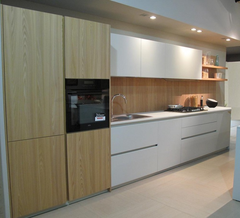 Cucina Lineare Valdesign Parete Logica A Padova Sconto 42