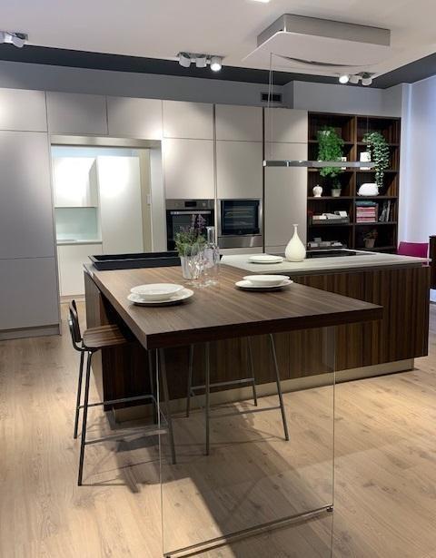 Cucina Con Isola Veneta Cucine Ri Flex A Roma Sconto 70