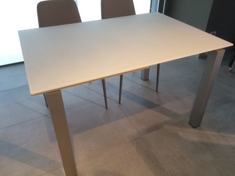 Tavolo calligaris airport one a lecco sconto 40 for Calligaris airport