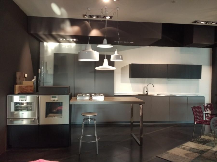 Cucina lineare arrital ak 05 a verona sconto 49 for Cucine outlet verona