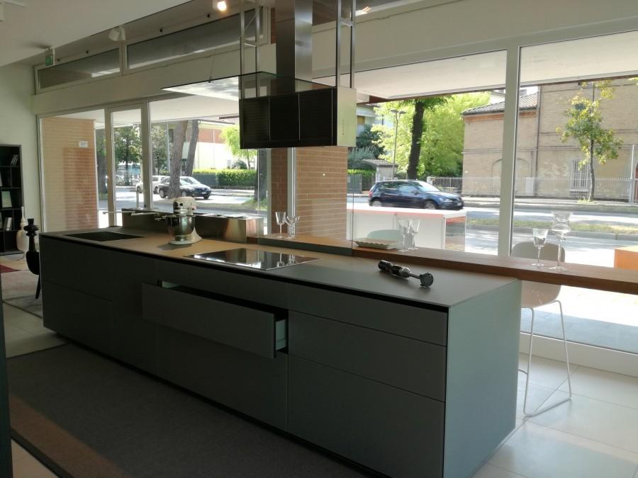 Cucine Moderne Con Isola Prezzi. Finest Zampieri Cucine Y With ...
