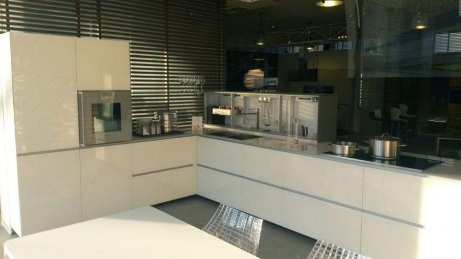 Cucina Valcucine Artematica vetro a Milano - Sconto 54%