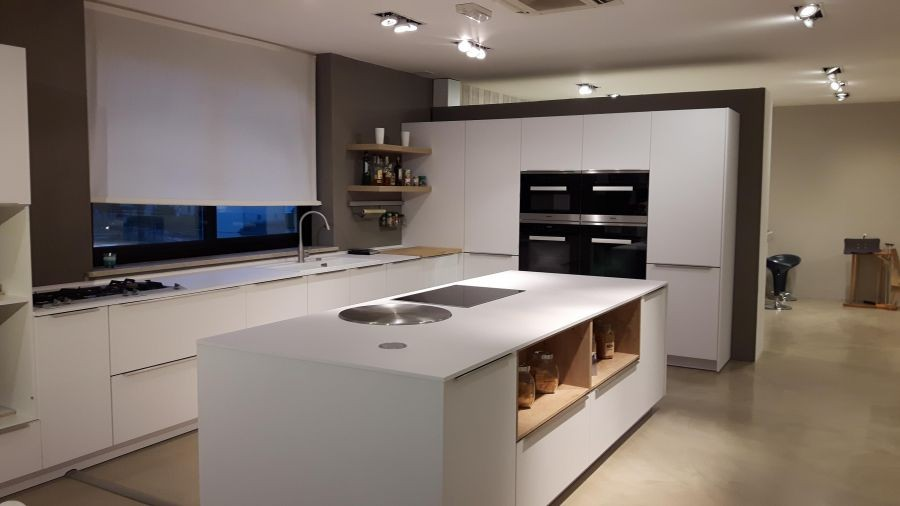 Cucina Con Isola Hacker Av1065 A Verona Sconto 77