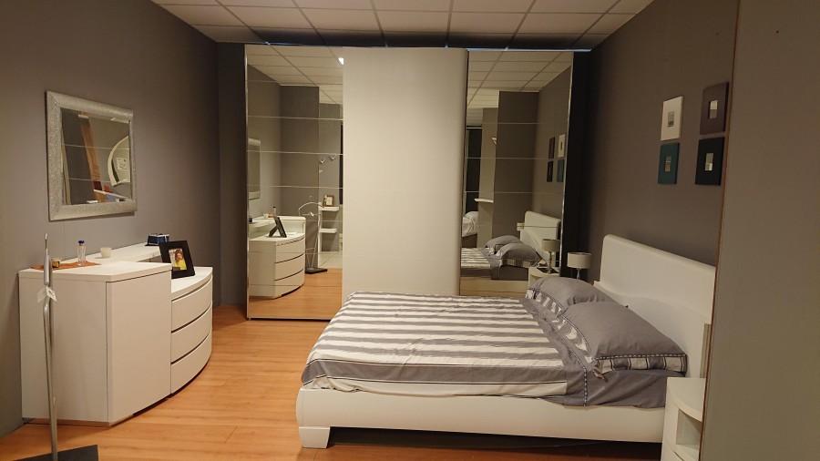 Nava Camere Da Letto.Camera Nava Mobili Bianco Frassino A Bari Sconto 50
