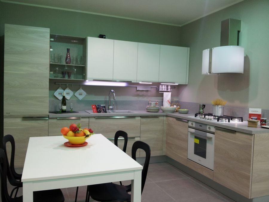 Cucina Febal Chantal a Bergamo - Sconto 53%
