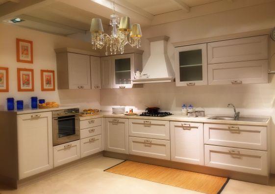 Cucina lube claudia a verona for Arredamenti tosini