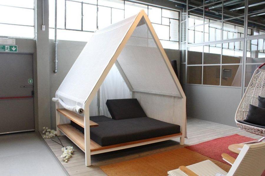 Arredamento outdoor kettal cottage a como sconto 60 for Arredamento outdoor design