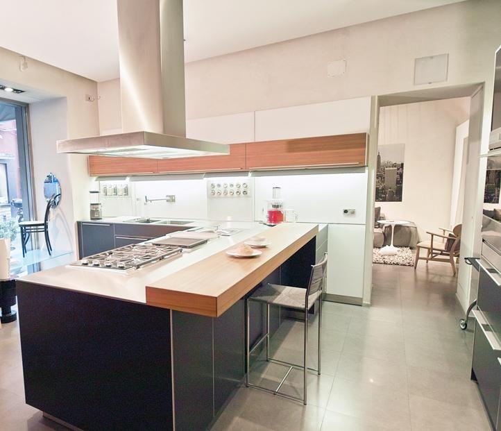 Cucina Bulthaup B3 alluminio e legno