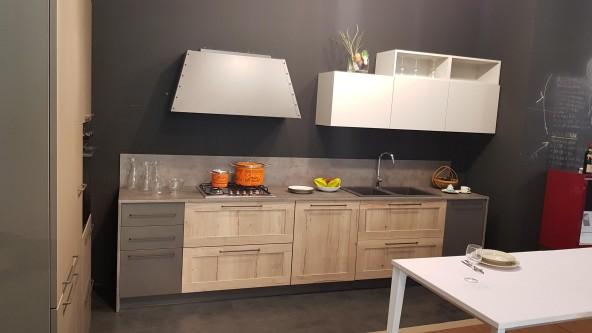 Cucina Lineare Ar Due Easy Melaminico Telaio Antracite Milano
