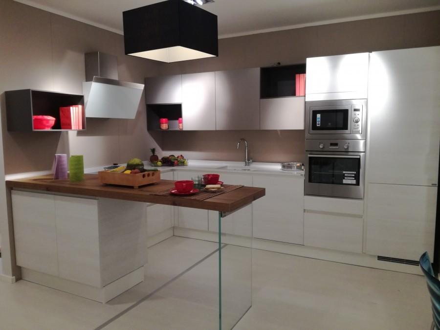 Cucina Scavolini LIBERAMENTE a Firenze - Sconto 40%