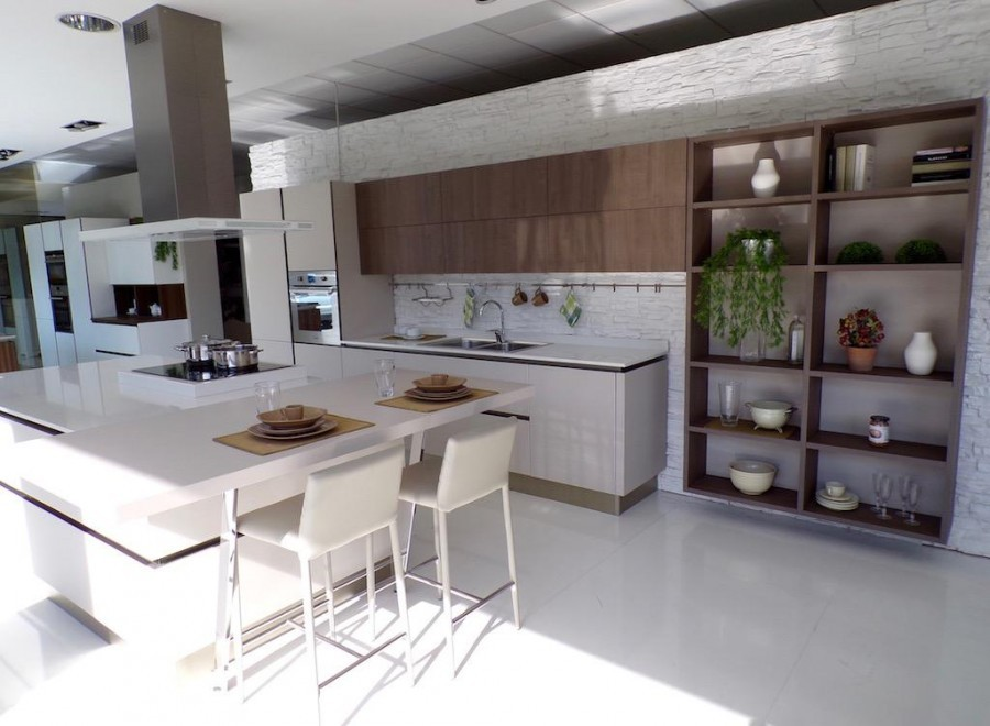Veneta Cucine Sardegna.Cucina Con Isola Veneta Cucine Riflex