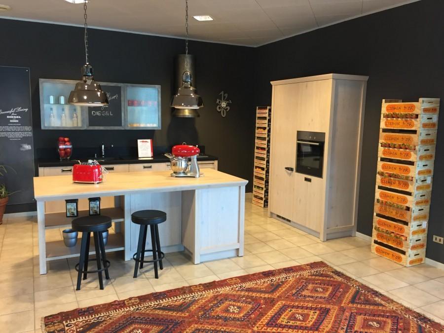 Cucina scavolini diesel a bergamo sconto 52 for Cucina diesel scavolini