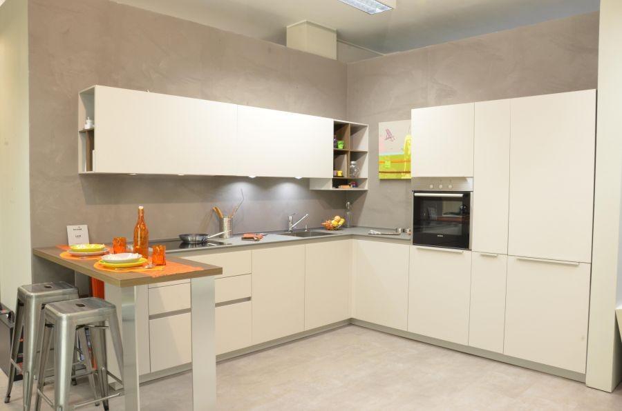 Cucina euromobil filolain 33 a milano codice 12326 - Euromobil cucine opinioni ...