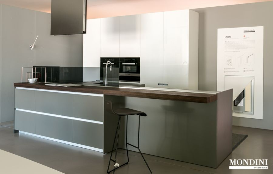 Stunning prezzi cucine ernesto meda pictures ideas for Cucine ernestomeda outlet