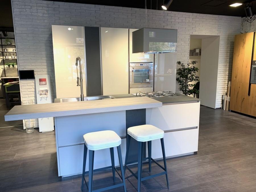 Cucina Lube Immagina Lux a Milano - Sconto 51%