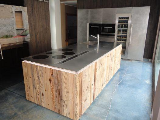 Cucina salcom inox vintage e abete antico a monza e for Piano terra con 3 camere da letto con dimensioni pdf