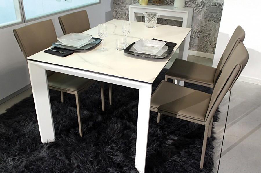 La Seggiola Ceramique + 4 sedie a Como - Sconto 40%