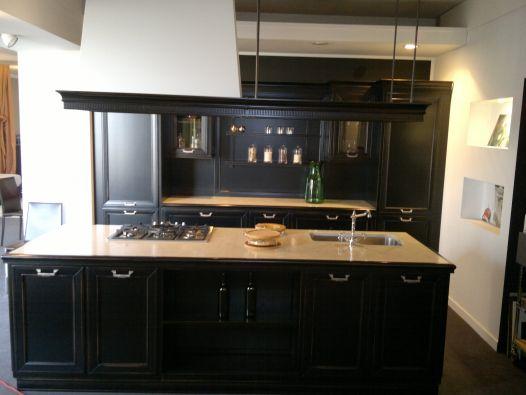 Cucina con isola copat loggia a milano for Loggia arredamenti