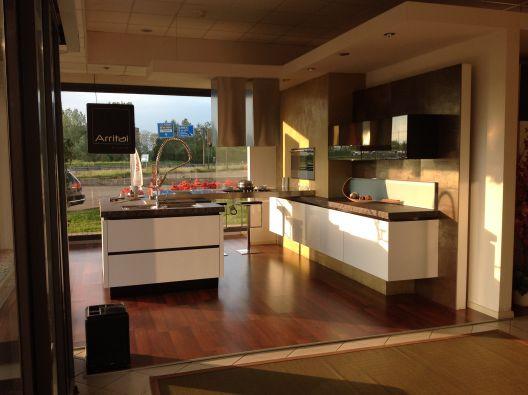 Cucina con isola Arrital ONDA a Novara