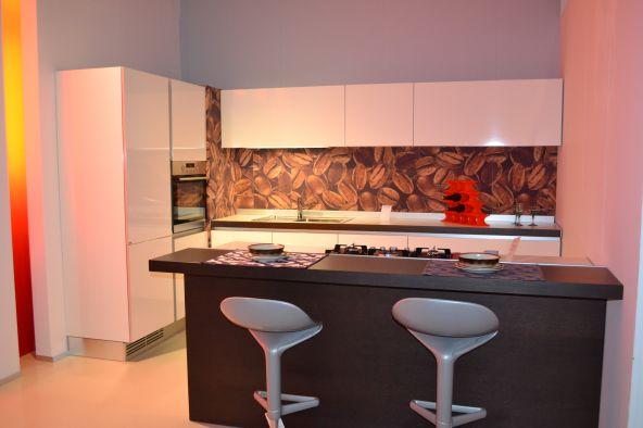 Cucina con isola ernestomeda one a monza e brianza for Isola cucina circolare