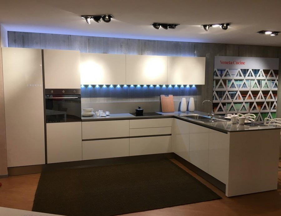 Cucina Veneta Cucine Oyster pro a Pavia - Sconto 46%