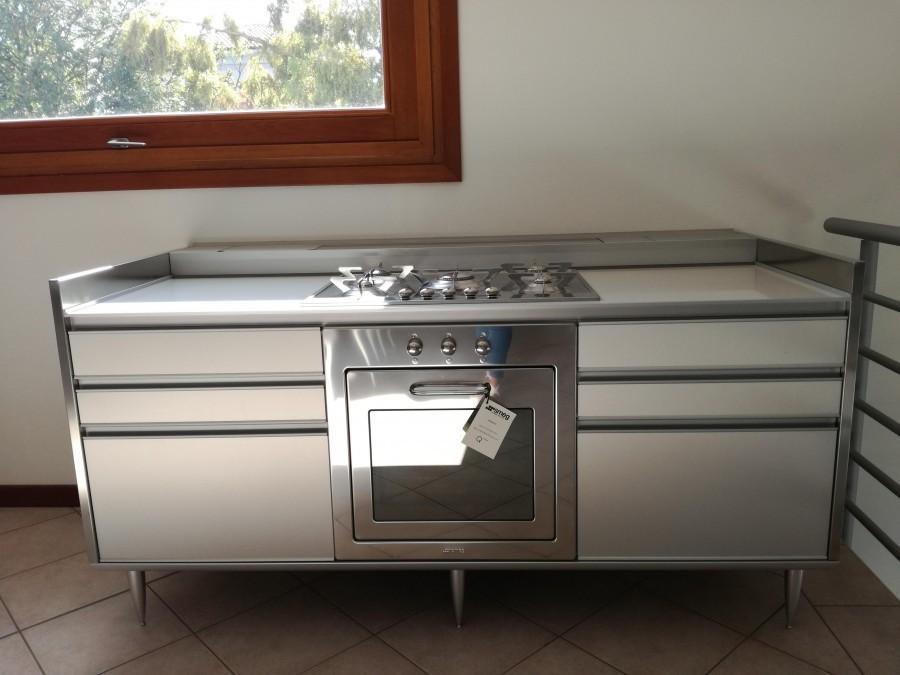Cucina valcucine ricicla tondo a cuneo sconto 55 - Offerte cucine a gas expert ...