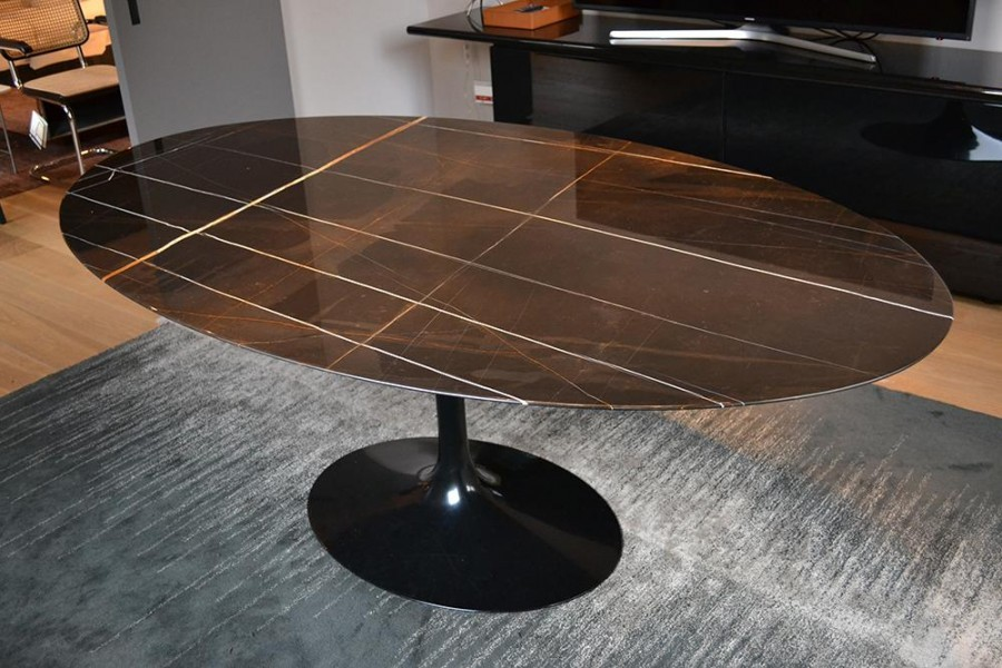 Tavolo ovale Knoll Saarinen Oval Table