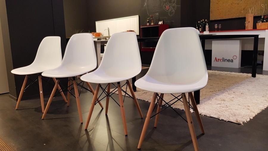 Sedia - - - - REPLICA Eames Plastic Chair DSW ART E/134/S ...