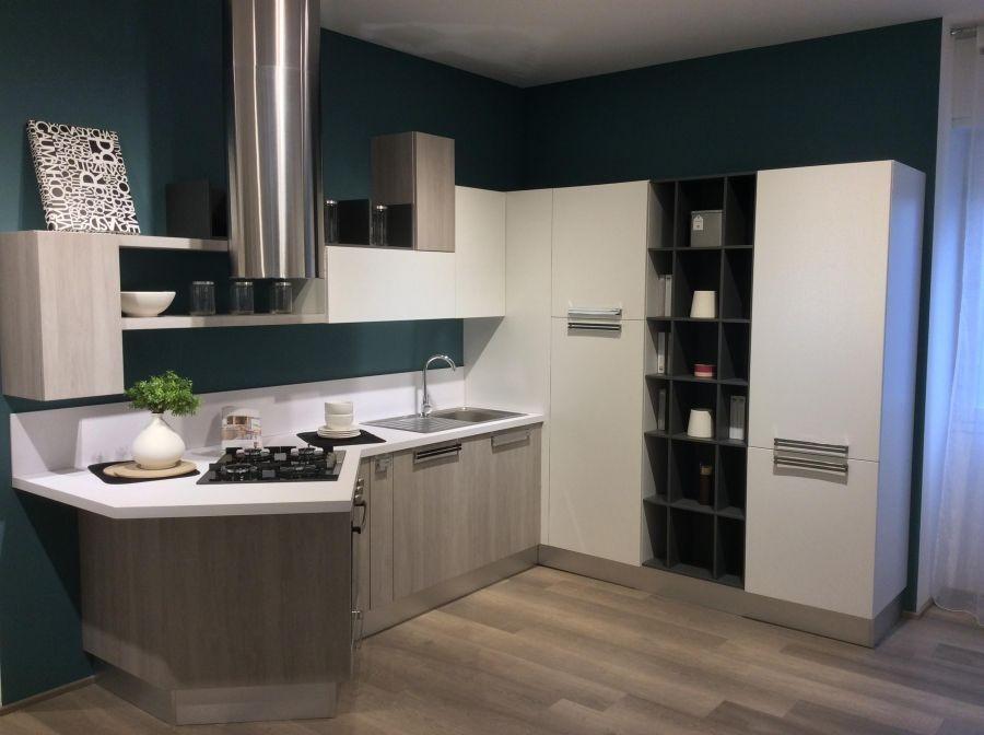 Angolari Cucine Moderne Ad Angolo Lube.Cucina Lube Swing A Pavia Sconto 55