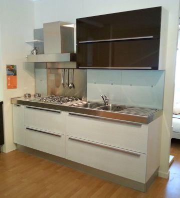 Cucina lineare euromobil tabula a pisa for Modulo arredamenti pisa