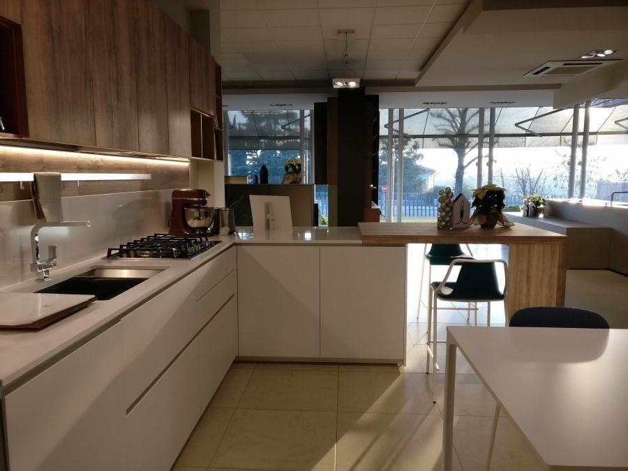Mobili design occasioni cucine mobile bagno lago e bagno for Occasioni mobili