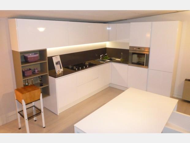 Cucine in offerta a prezzi scontati - Cucine angolari in offerta ...