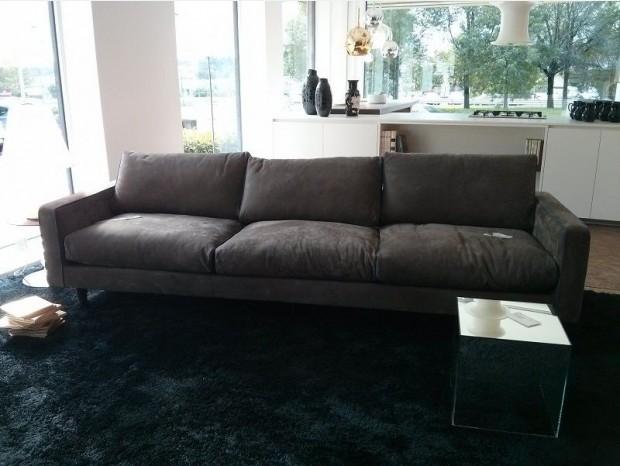 Baxter outlet divani poltrone tavoli e pouf con sconti a partire da 40 for Baxter arredamenti