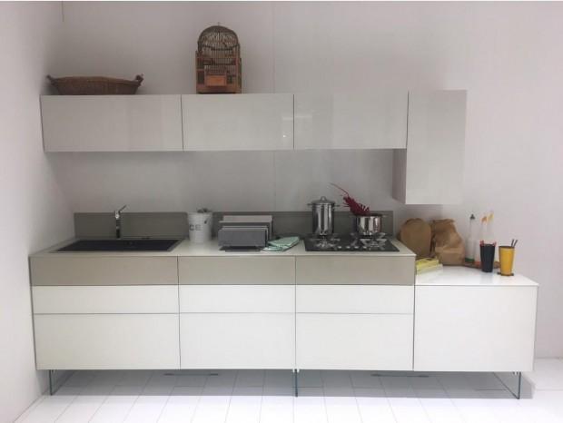 Cucine, soggiorni, camere e bagni Lago a prezzi scontati a Milano