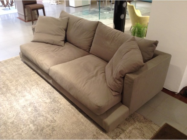 Divano Long Island Flexform. Free Zeno Light Light Seater Sofa By ...