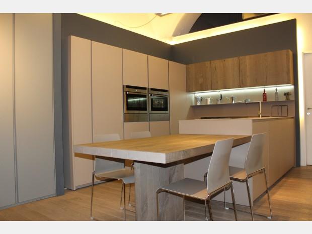 Cucine moderne economiche idee di design per la casa for Cucine economiche moderne