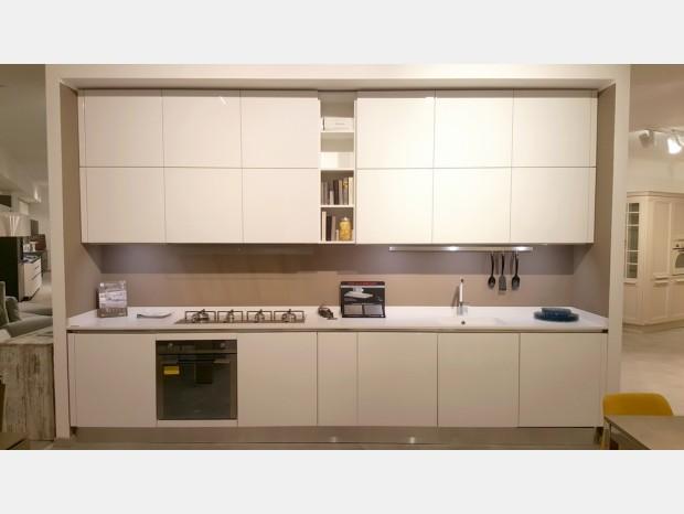 Prezzi aran cucine offerte outlet sconti 40 50 60 for Offerte aran cucine