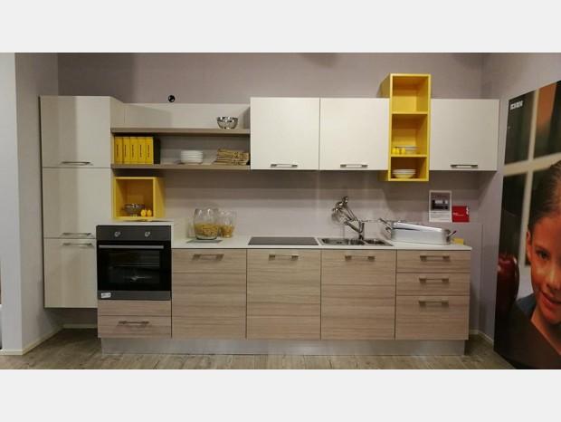 cucine scavolini cucine scavolini napoli prezzi crystal scavolini vetro e alluminio cucine torino san
