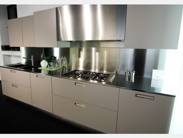 Outlet cucine binova cucine binova con sconti fino al 60 for Gf arredamenti