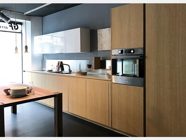 Cucina angolare Euromobil FILO ANTIS33