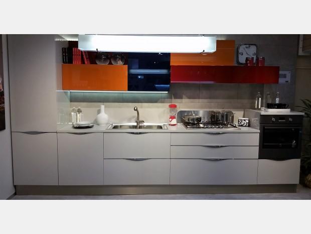L 39 outlet dell 39 arredamento e dei complementi d 39 arredo di design - Veneta cucine start time prezzo ...