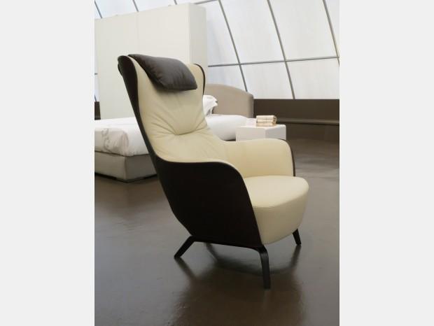 arredi venduti nell 39 ultimo anno. Black Bedroom Furniture Sets. Home Design Ideas