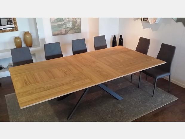 Tavoli e sedie in offerta a prezzi scontati - Tavoli ozzio design prezzi ...