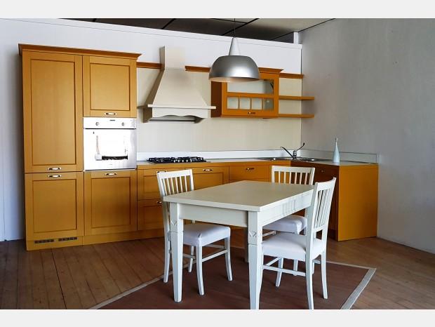 Mobili design occasioni cucine cucina meneghini cambusa for Web mobili design occasioni