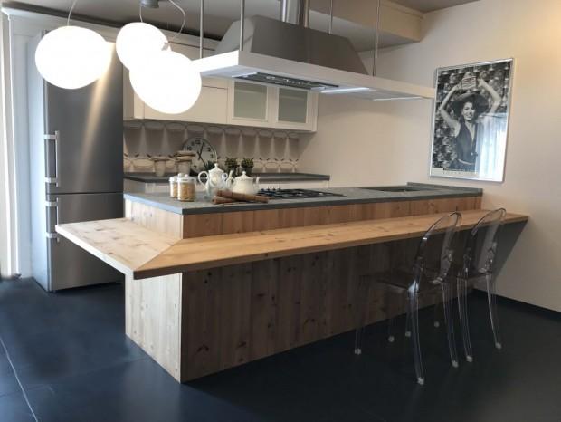 Mobili design occasioni cucine cucina meneghini cambusa for Mobili design occasioni divani