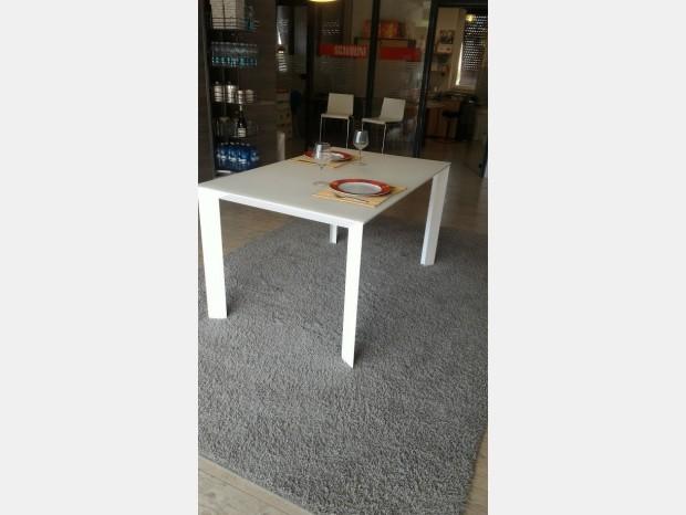 Tavoli e sedie in offerta a prezzi scontati pag 8 - Tavolo tai scavolini ...