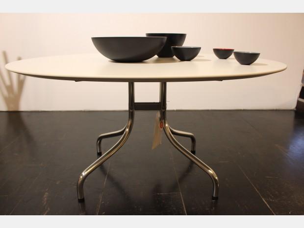 Tavoli e sedie De Padova
