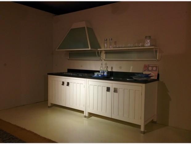 Cucina lineare Cantori Sassi Neri