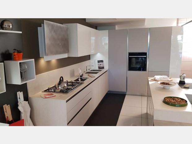 Cucina miton cucine sincro beton como - Miton cucine prezzi ...
