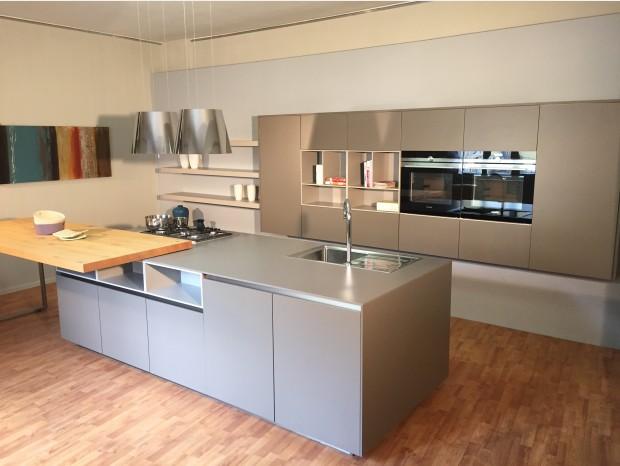 Cucina con Isola Comprex Linea-Segno